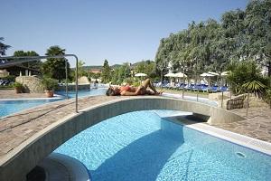 4 Notti – Magiche Terme Hotel 4* Grotta Azzurra € 485